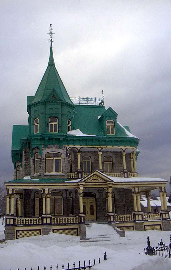 Frost Bob 3 Photos Beautiful Victorian Style House I0302523